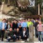 落ちない巨石で有名なの釣石神社で安全祈願